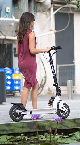 קורקינט חשמלי - scootair